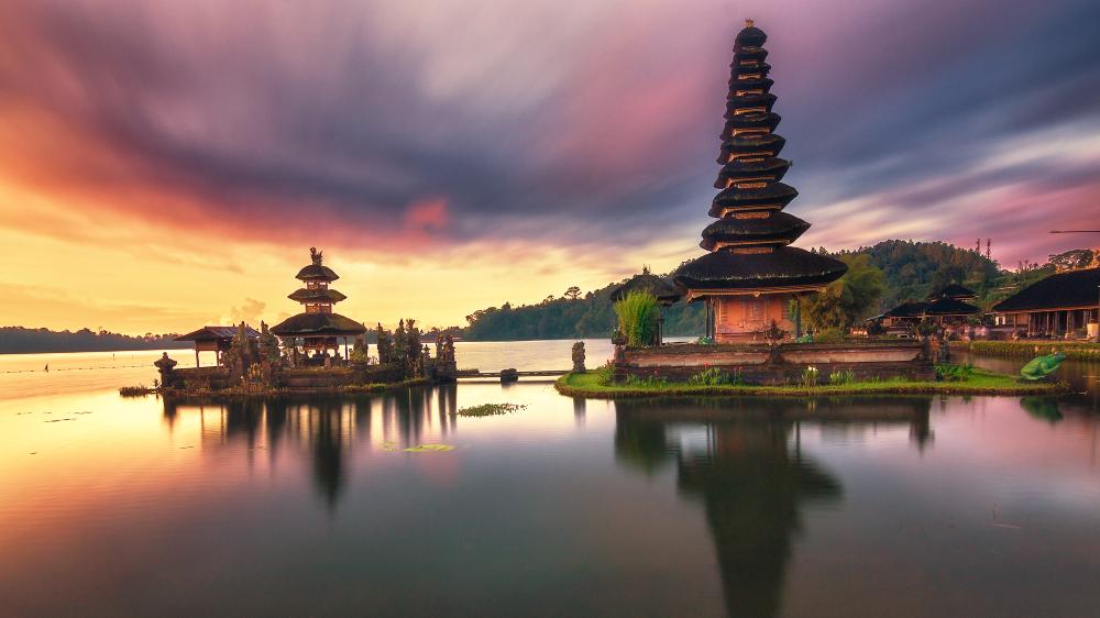 Lake Beratan Bali