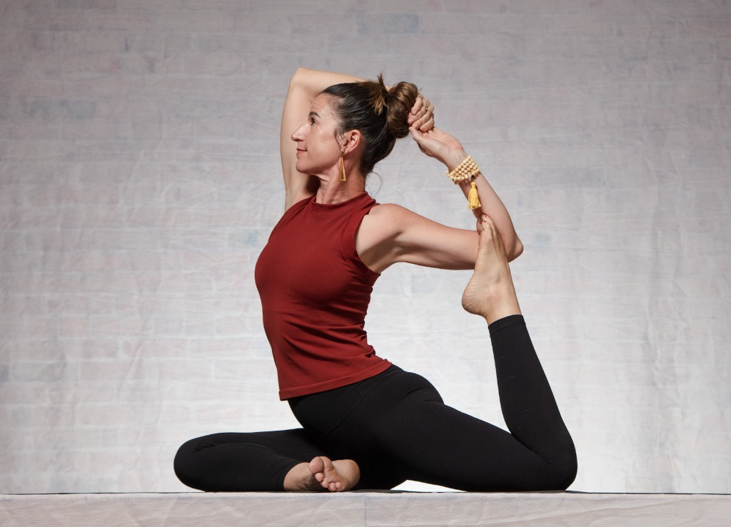 Jen yoga poses to boost energy